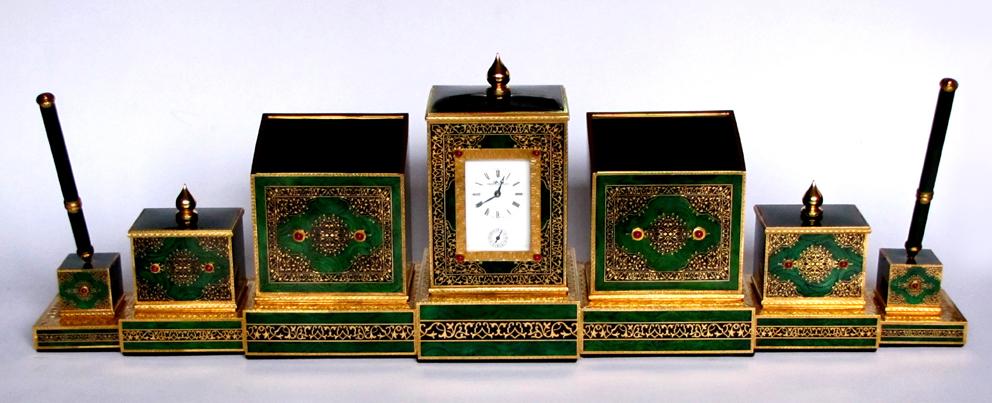 Salimbeni muslim style table set